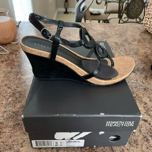 Kenneth Cole Reaction cork sandals-  Cabin Ring